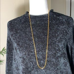 Minimalist gold tone necklace